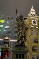 Kristalwelten (JTork) Tags: new york nyc uk usa london museum america austria shine sony swarovski alpha amerika innsbruck kristal wattens londen nex musea welten kristalwelten diamants a6000