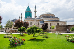 Konya - Mevlna Museum & Selimiye Mosque Behind (Le Monde1) Tags: turkey nikon islam mosque sultan turkish dervish anatolia moslem whirlingdervishes selimiye sinanpasha d7000 mevlnamuseum lemonde1 hasanpasha mevlnacaddesi fatmahtun