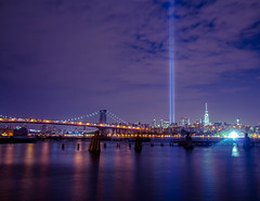 (steven.shulze) Tags: bridge brooklyn williamsburg tributeinlight 911memorial
