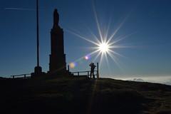 Freddo, sole e foto (mttdlp) Tags: ferriere maggiorasca madonna sun sky silhouette montagna mountain monte monumento d3200 trekking hiking