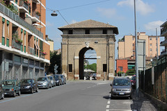 Serrata Gate, Ravenna (Nikolay Lozanov) Tags: road street ravenna italy italia outdoor arch architecture building emiliaromagna romagna gate porta