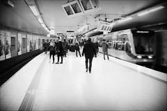 Slussen (*Kicki*) Tags: station train slussen stockholm sweden analog film agfa minolta street platform tube metro ubahn underground subway tunnelbana people minoltadynax600siclassic agfadhc200plus2 oldschool 50mm minoltaaf50mmf14 christmasday