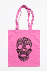 Swirly Skull Tote (pink) (Wayne Chisnall) Tags: pink blue red orange green yellow skulls skeleton grey screenprint lilac cotton bones forgetmenot bags tote shopper totes deathshead totebags shoppingbags tattoodesign screenprints artprints tattoodesigns sull deathhead screnprint cottonshoppingbags cottontotes artbags skulldesign cottonshoppingbag skulldesigns shopperbags skeletondesign artistsscreenprints colouredtotes skeletondesigns artistsbags greygreenlilac artshoppingbags