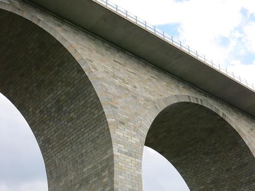 A72 Talbrücke Elstertalbrücke bei Pirk  Juli 2015_057