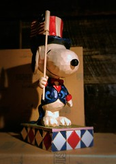 Yankee Candle - S. Deerfield, MA: 7/5/2015 (rnolan1087) Tags: shopping candle flag peanuts patriotic snoopy figurine knickknack flagship 2015 yankeecandle southdeerfieldma rnolan1087