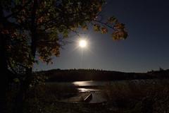 Moonlight_2015_09_26_0015 (FarmerJohnn) Tags: moon lake reflection water night canon suomi finland calm september silence midnight moonlight vesi kuu y laukaa jrvi keskinen syyskuu tyyni keskiy kuutamo valkola vedenpinta hiljaisuus septembermoon lakesurface canon7d heijatus anttospohja juhanianttonen ef1635l28iiusm