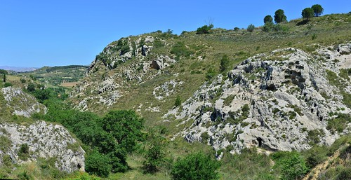 Calascibetta necropolis