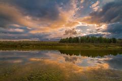 Calm (AvideCai) Tags: avidecai atardecer sigma1020 nubes cielo reflejos agua paisaje