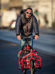 Copenhagen Bikehaven by Mellbin - Bike Cycle Bicycle - 2017 - 0019 (Franz-Michael S. Mellbin) Tags: accessorize biciclettes bicycle bike bikehaven biking copenhagencyclechic copenhagenize cyclechic cyclist cyklisme fahrrad fashion people street velo velofashion københavn capitalregionofdenmark denmark dk