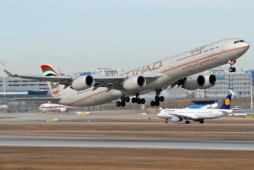 Etihad Airbus A340-600 A6-EHH