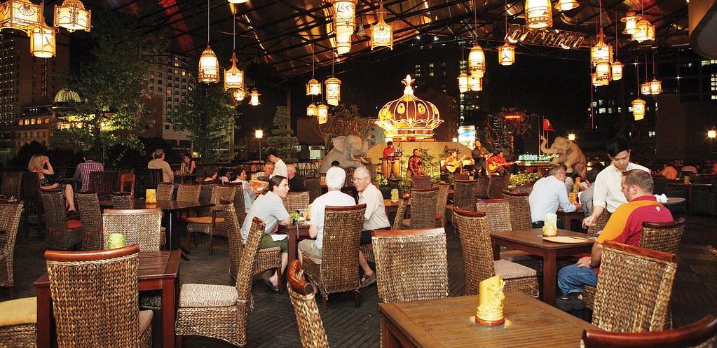 rooftop-garden-bar-ho-chi-minh-city.jpg.1758x854_q85_crop