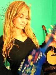 Magical Blue Uke (Michel Curi) Tags: blue girls portrait people music green beautiful female catchycolors fun happy model women pretty photoshoot guitar jasmine gig band smiles veronica singer blonde actress uke vocalist takamine mujeres ukelele acousticguitar localmusic blueandblack rtr s35 reversetheripples veronicasierra rtrmusic