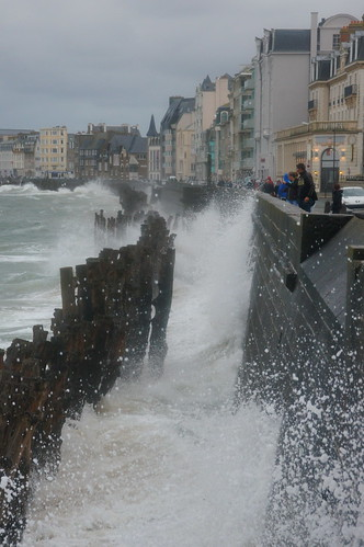 """Saint-Malo: Strong Wind at the High Tide • <a style=""""font-size:0.8em;"""" href=""""http://www.flickr.com/photos/26679841@N00/21755937230/"""" target=""""_blank"""">View on Flickr</a>"""