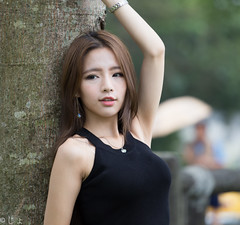 IMG_0958 (monkeyvista) Tags: show girls portrait cute sexy beautiful beauty canon asian photo women asia pretty shoot asians gorgeous models adorable images cutie dora full frame kawaii oriental sg glamor  6d    gilrs   flh
