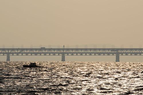 関西空港連絡橋1・Sunset over Kanku Airport Bridge