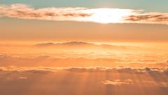 Morning glory - Sunrise over Gran Canaria from Teide (alejandro.romangonzalez) Tags: morning sunrise grancanaria teide tenerife landscape outdoors light beams lightrays clouds sea seascape island