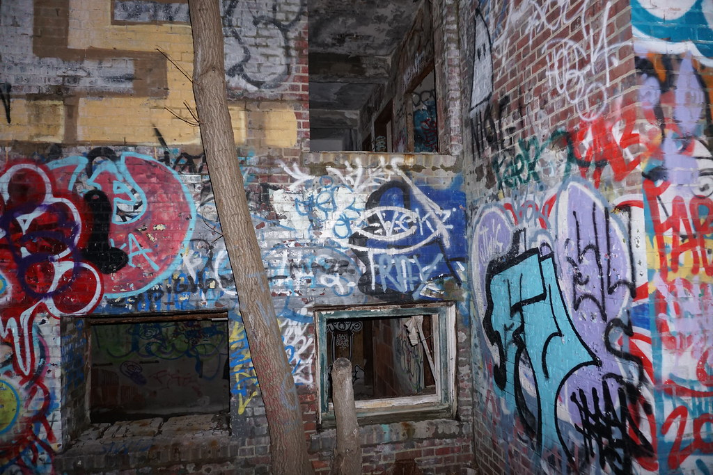 The World's most recently posted photos of graffiti and ...