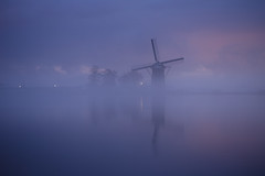 20170108-Canon EOS 6D-2219 (Bartek Rozanski) Tags: rijpwetering zuidholland netherlands windmill greenheart groenehart fog mist lake water reflection night symmetry holland nederland