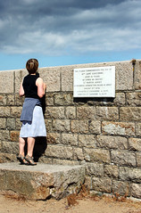 on Tippytoes... (Ray Crabb) Tags: holiday amanda looking seawall jersey granite tiptoe 2013 stcatherinesbreakwater