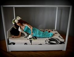 https://www.etsy.com/listing/251053147/furniture-miniature-14-scale-dollhouse?ref=listing-shop-header-0 (pe.kalina) Tags: miniature bed bedroom doll furniture poppy bjd 16 parker dollhouse tonner
