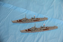 1/700 IJN escorts Ukuru and Shonan by Pit-Road (szogun000) Tags: canon japanese model ship plastic kit naval escort shonan warship w15 1700 typea ijn auxiliary skywave pitroad imperialjapanesenavy ukuru skywaveseries canoneos550d canonefs18135mmf3556is ukuruclass