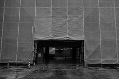 20151102_DP1M3454 (NAMARA EXPRESS) Tags: street blackandwhite building monochrome japan construction apartment cloudy outdoor sigma osaka sheet merrill foveon toyonaka dp1 namaraexp