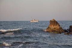 Set sail (jeet_sen) Tags: sea sand beach people sun travel india karnataka mangalore udupi malpe murudeshwar honnavar kundapura kodi kapu tourism island konkan