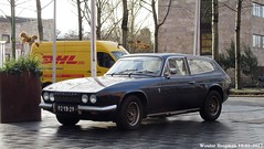 Reliant Scimitar GTE Overdrive 1973 (XBXG) Tags: 92yb29 reliant scimitar gte overdrive 1973 reliantscimitar coupé coupe jachthavenweg buitenveldert amsterdam nederland holland netherlands paysbas vintage old british classic car auto automobile voiture ancienne anglaise uk engels brits rhd vehicle outdoor dhl