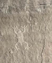 Petroglyphs / Chaco Culture NHP (Ron Wolf) Tags: anasazi anthropology archaeology chacoculturenationalhistoricalpark chacoan nationalpark nativeamerican puebloan anthromorph anthropomorph frog petroglyph rockart stickfigure zoomorph newmexico