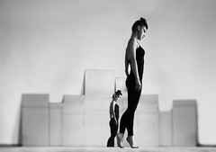 Black Swan (Kirill Wright) Tags: black swan youn woman girl teen teenager dancer dance balet