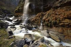 The paradise of water (Hector Prada) Tags: cascada invierno nervión sedas luz mañana rocas paisaje waterfall winter light morning rocks nature wet
