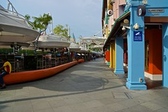Clarke Quay beside the Singapore river in the morning (UweBKK (α 77 on )) Tags: singapore southeast asia city state urban island sony alpha 77 slt dslr river clarke quay restaurants morning empty colourful colours