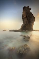 - Ensimismamiento - (Mar Diaz -korama-) Tags: cabodegata almeria andalucia españa sombrerico otoño nature naturaleza marina mar roca luz atardecer light