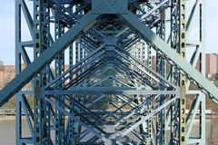 nyc - inwood hill park 2016 4 (Doctor Casino) Tags: underside structure blue