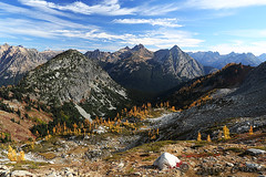 424B6698 (forrest.croce) Tags: mountains larches northcascades noca fall color larch