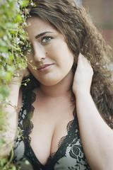 Kyla Model (Nikon Nutter 2009) Tags: naturallight blackdress greenbrowneyes naturalskin longcurledhair