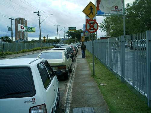 visita no estacionamento do choop flamboyant 019