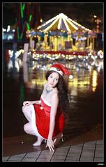 nEO_IMG_DP1U6767 (c0466art) Tags: christmas city light portrait reflection girl rain night canon garden photo big amazing colorful pretty view julia outdoor gorgeous event lamps charming russian celebrate decroration 1dx banchao c0466art