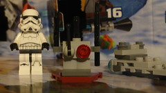 LEGO Star Wars Advent Calendar 2015:  Day 12 (Pinder Productions) Tags: christmas starwars december advent lego 11 weapon 12 adventcalendar 13 pinderproductions pinderproductionsalt