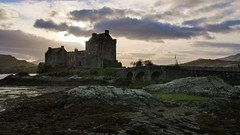 Sco-91 (tom-ak) Tags: scotland royaumeuni gb eilean donan castle uk