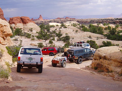 Silver Stairs (xjblue) Tags: 2005 loosescrewstour canyonlandsnationalpark needlesdistrict elephanthill 4x4 offroad jeep toyota cherokee tacoma trailer southernutah scenic sandstone wheeling canyonlands utah olympus stylus400 published pointnshoot silverstairs