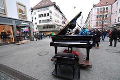 Würzburg, Germany (Gerry van Gent) Tags: germany bavaria christmasmarket christmasspirit christmas2016 gothicchapel marienkapelle falkenhaus stmaryschurch gothicchapelofstmary oldtown