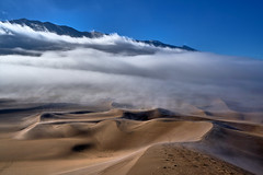Natural Poetry for my Eyes (W_von_S) Tags: greatsanddunesnationalpark greatsanddunes sand sanddunes sanddünen wüste desert colorado us usa america amerika sunrise sonnenaufgang wolken clouds fog nebel mist misty landscape landschaft panorama paysage paesaggio wvons werner 2016 outdoor light licht cold frozen wow wolke düne