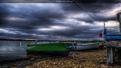Je pars... (Fred&rique) Tags: photoshop lumixfz1000 cameraraw hdr aude gruissan été bateaux ciel heurebleue drapeau nuages orage