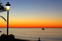Farola - (camus agp) Tags: costa mar españa farola mediterraneo amanecer