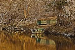 Naufragio (66Colpi) Tags: barche abbandono fiumeazzurro fiume