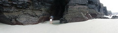 DSCF0611 Praia das Catedrais (David Barrio López) Tags: playadelascatedrales praiadascatedrais playadeaguassantas praiadeaugassantas playa praia pizarra esquisto cantabrico mar sea bajamar pleamar adevesa ribadeo lugo galicia spain panoramica 360º fujifilm fuji xp80 fujixp80 davidbarriolópez davidbarrio