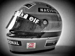 Senna Helmet (Pauleparazzi) Tags: champ formula1champion champion ayrtonsenna senna f1 thebest themagic thekingofrain king kingofrain imola brasil 1994 1mai formula1 yellowhelmet helmet motor motorsport racing