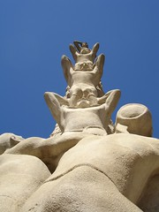 Statue of Castellers in Catalunya - by Augneblinken