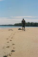 Mindil Beach, Milan's footsteps (Mylor) Tags: milan beach june nt australia darwin 2006 northernterritory eos300v mindilbeach mylor mindil 8weekholiday